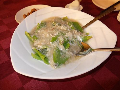 """""""蟹肉入りの野菜料理(何の野菜かは知らない)@コタキナバルPort"""