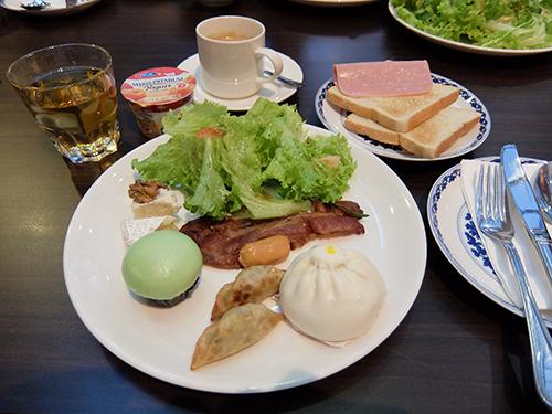 """""""やや中華風の朝食@AMOY"""