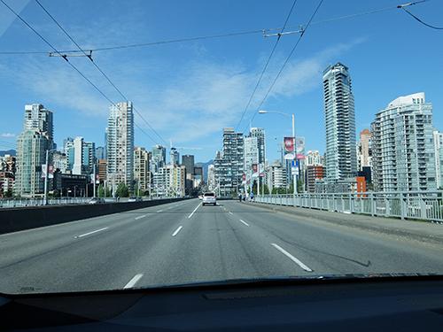 """""""橋を渡ってバンクーバー市街へ@カナダ"""""""