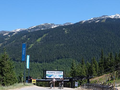 """""""素晴らしい景色のダウンヒルコース@ウィスラー山バイクパーク"""""""