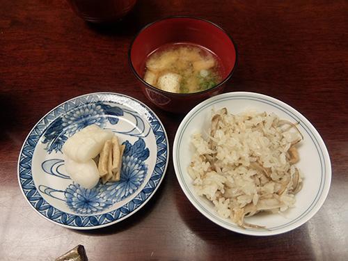"""""""鶏ご飯,味噌汁,香の物@らく山"""""""