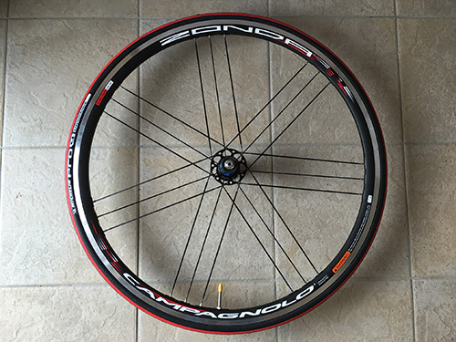 """G3スポークのCampagnolo"