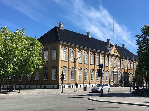 北欧最大の木造建築である王宮@トロンハイム