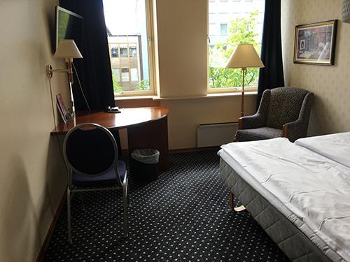 過不足ない客室@Quality Hotel Augustin